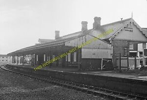Penarth-Railway-Station-Photo-Cardiff-Lavernock-Cadoxton-Line-Taff-Vale-Rly