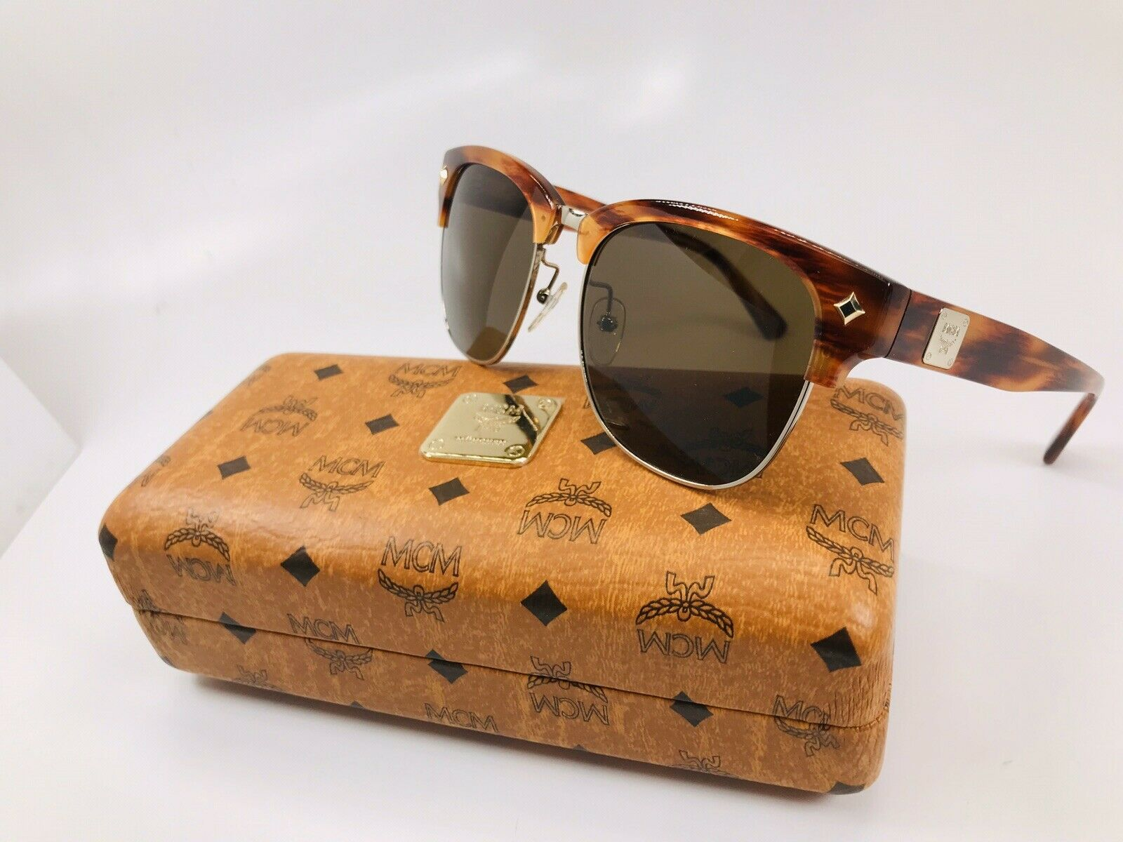 New MCM 604S 735 Gold with Burnt Stripes Sunglasses 55mm with Case