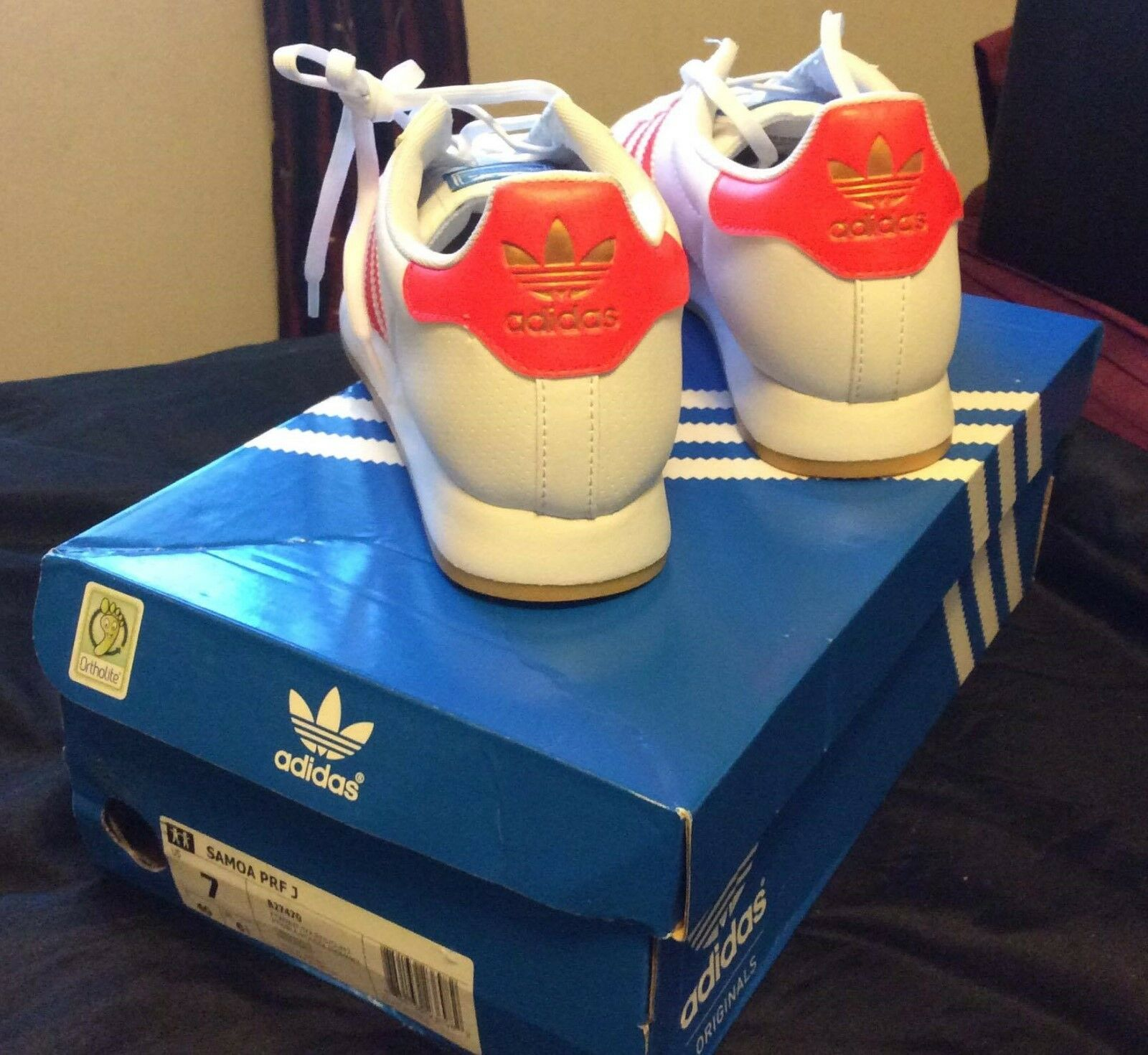 Adidas Samoa PRF J White gold emblem with red strips, I have only worn them once Comfortable and good-looking
