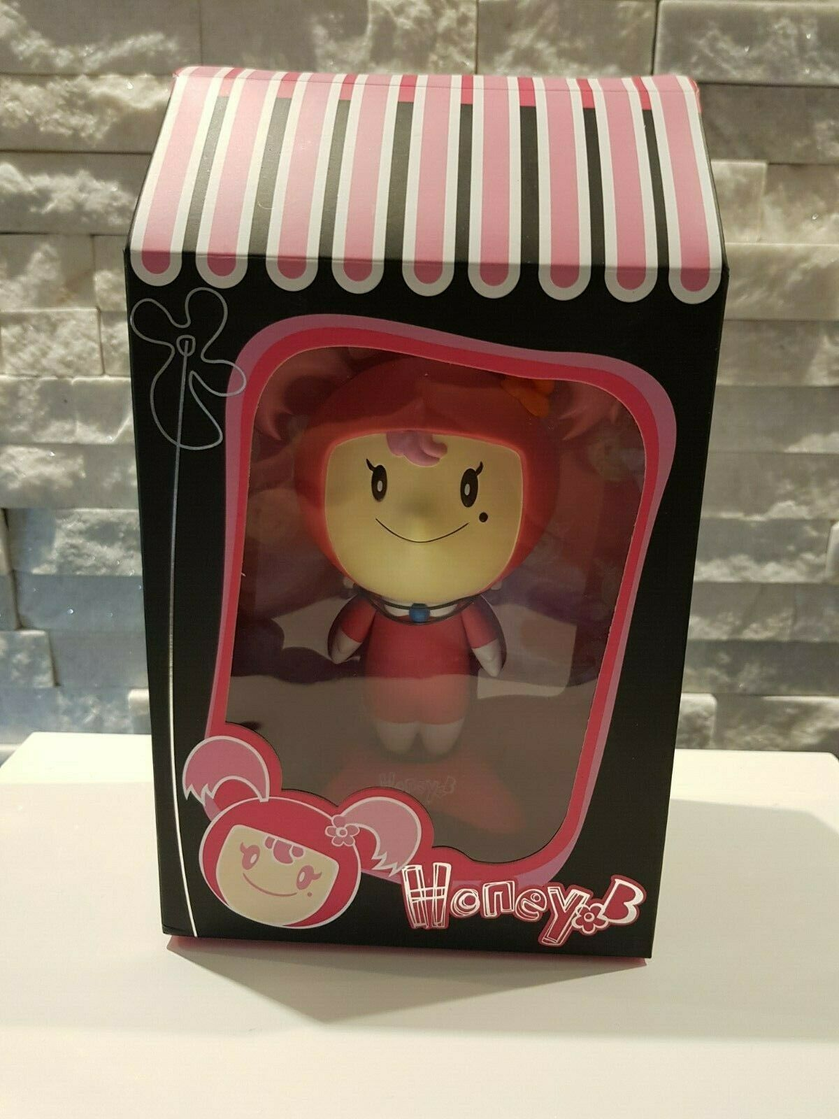 Metago giocattoli 2004  Honey B  Gary Thinre  Honey B cifra