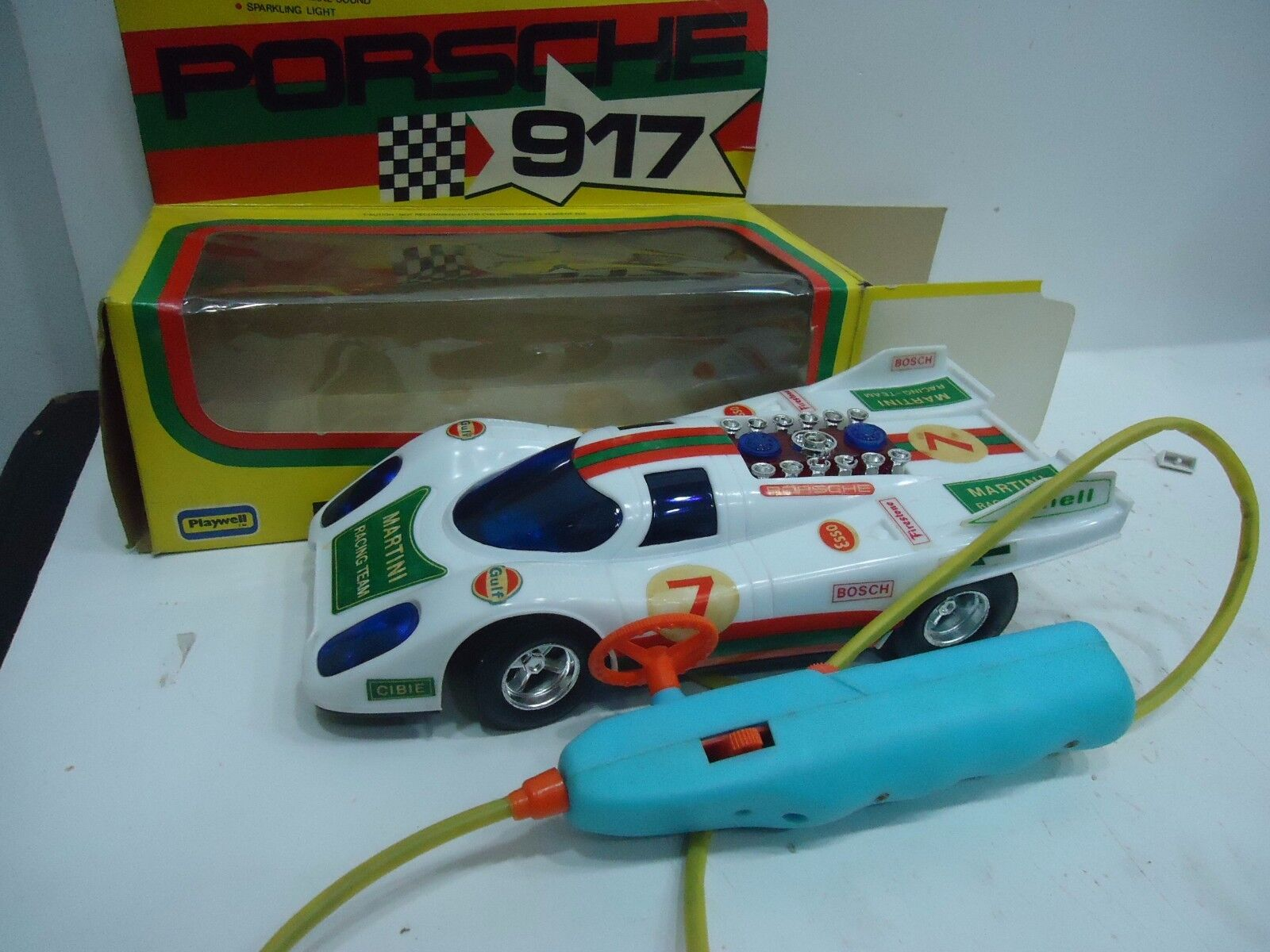 PORSCHE 917 REMOTE CONTROL BATTERY OPERATED PLAYWELL MADE IN HONG KONG