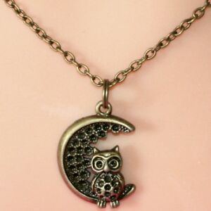 Collier-pendentif-chaine-hibou-amp-lune-bronze-owl-and-moon-necklace-chain