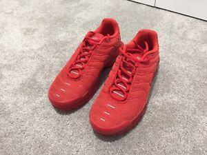 Nike-lava-red-tns