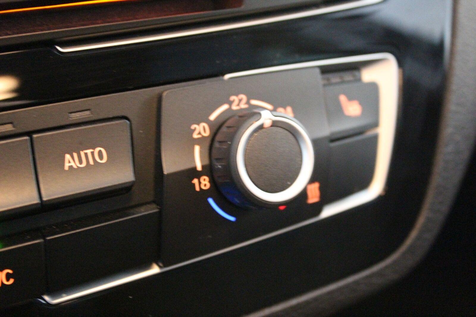 BMW 118i 1,5 Connected aut.