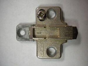 Blum-175H710-02-01-Nickel-Plated-2-Piece-Mounting-Plates
