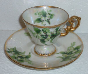Lily-Of-The-Valley-Cup-and-Saucer-Set-May-Flower-Vtg-Gold-Trim