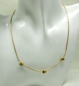 Beautiful-Simple-Style-18-Carat-Gold-And-Three-Stone-Diamond-Necklace