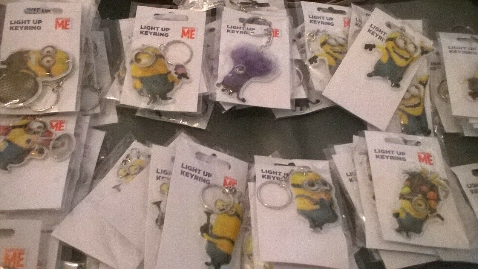 MINION Despicable Me phone bag DS charm light up keyring party bag favour NEW