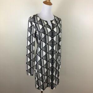 DVF DIANE VON FURSTENBERG Womens Sz 4 Black Ivory Print 100% Silk V Neck Dress