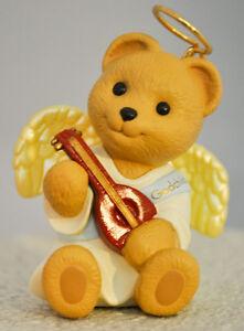 Hallmark-Godchild-Bear-Angel-Playing-Instrument-Classic-Keepsake-Ornament