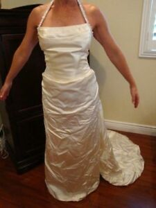 Details about SILK WEDDING GOWN DRESS 8 % COUTURE STYLE CRYSTALS SIZE  8-8 ELEGANT
