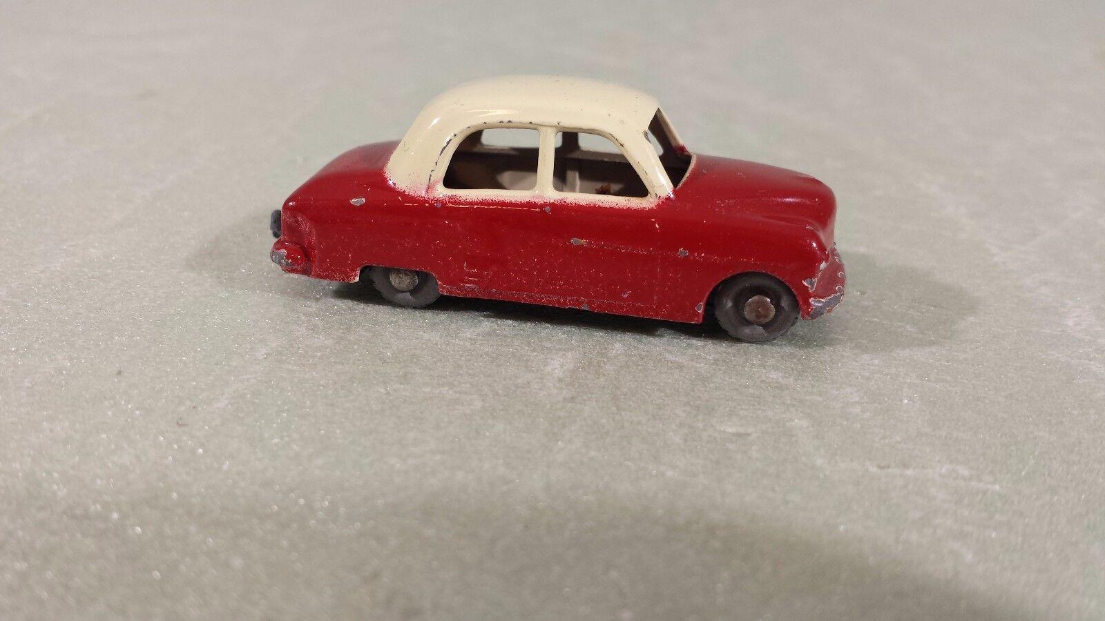 Matchbox Lesney  22 Vauxhall Cresta Sedan