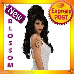 W48-Ladies-Amy-Winehouse-Rehab-Fancy-Dress-Costume-Adult-Wig