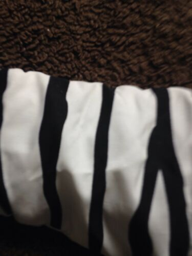 BNWT Baby Girls 6-12 Months Back /& White Snow Suit