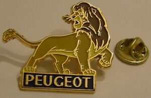 LION-KING-SIMBA-cc-PEUGEOT-DISNEY-vintage-PIN-BADGE