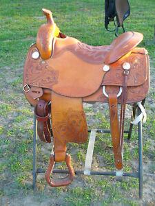 Tucker Trail Saddle Custom made- 17 inch seat, Narrow tree