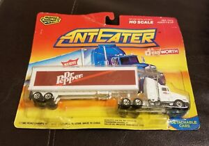 New-1990-Road-Champs-Dr-Pepper-Tractor-Trailer-Truck-HO-Scale-Kenworth-Anteater