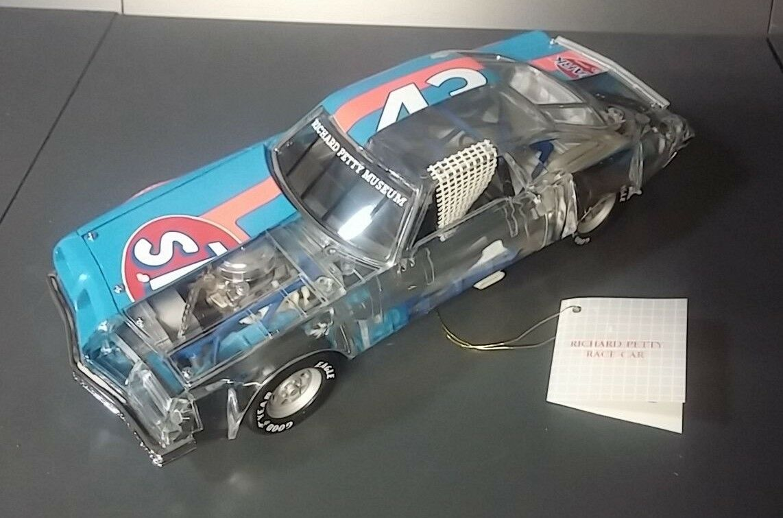 1977 OLDS CUTLASS PETTY NASCAR CLEAR B11XD78 B11XD78 B11XD78 FRANKLIN MINT DIECAST 1 24 NIB 755e8a