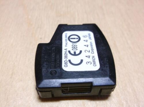 Honda remote key 3 buttons G8D-382H-A  CE0891  OMRON  Freq:433.9MHz Megamos ID48