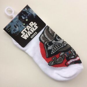6-8 Black//Grey//Red Crew 2-Pairs Socks Star Wars Disney Boys Size