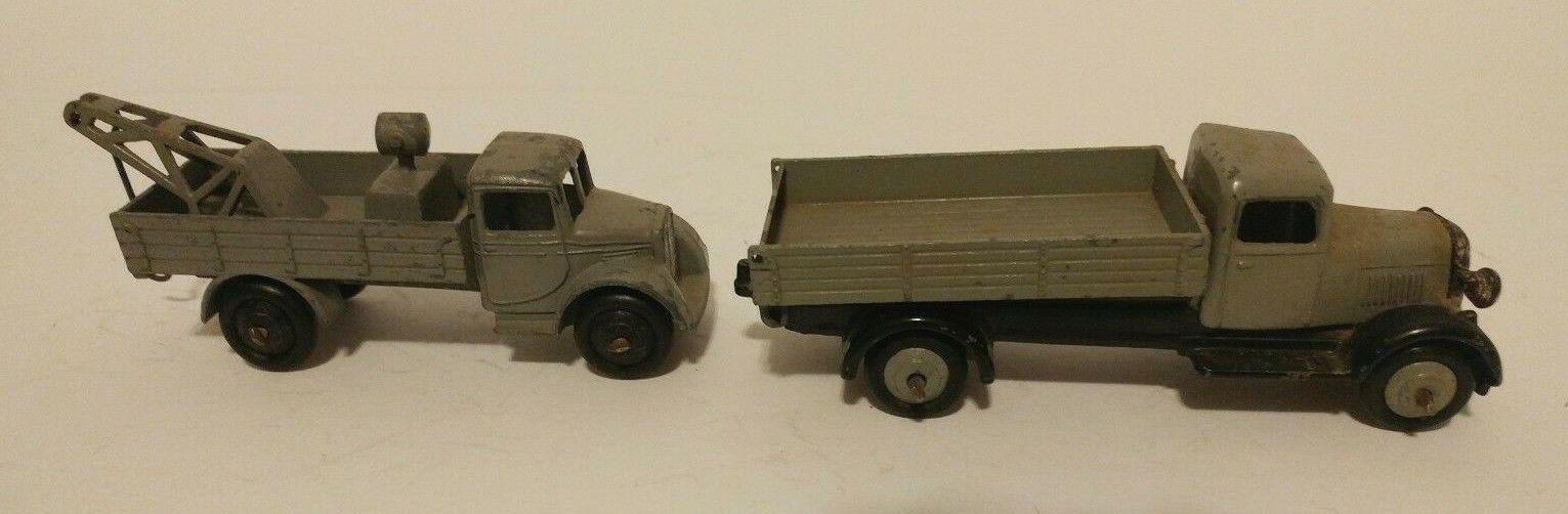Dinky Toy 30e Breakdown Lorry & Dinky Toy 25g Tipper Dumper
