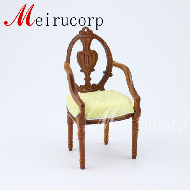 Fine Miniature furniture Dollhouse 1:12 scale  Miniature in collectible easel
