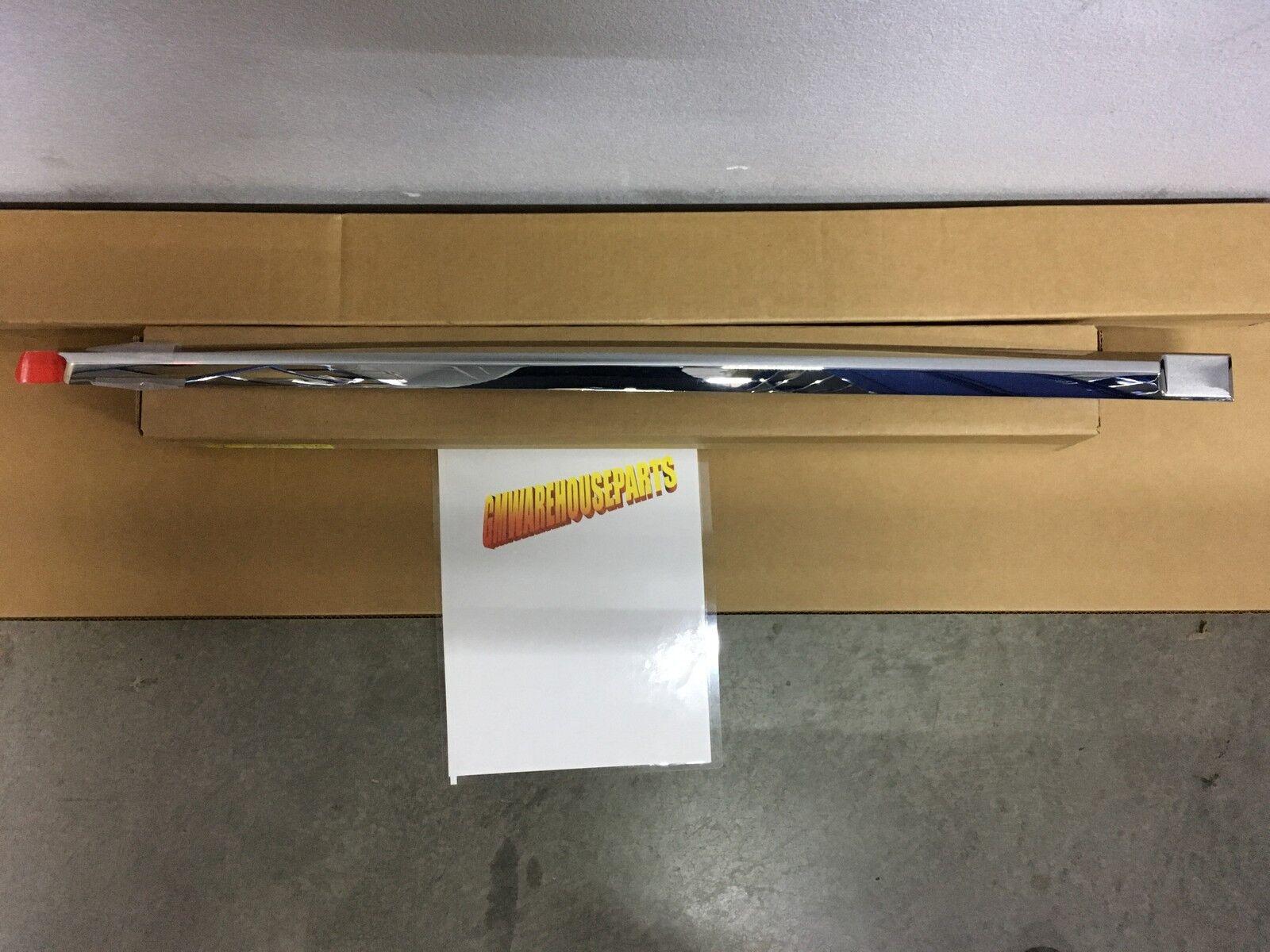 Genuine GM Door Molding 15001878