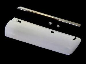 Moldura-blanco-proteccion-barra-de-guardabarros-cromo-clips-derecha-mercedes-w210-s210
