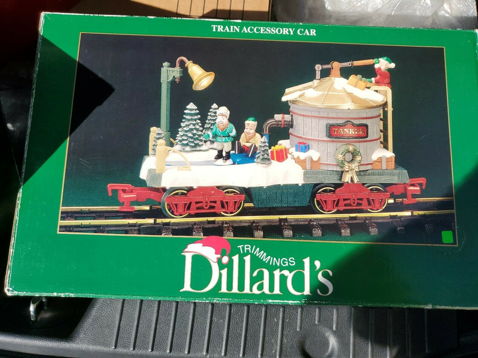 "Dellard ; trimmings {};s Trimmings {1 55333};Tanker ;  5533; ""Trainer Accessory Auto 383-2-4 Verlichte G Scale"""