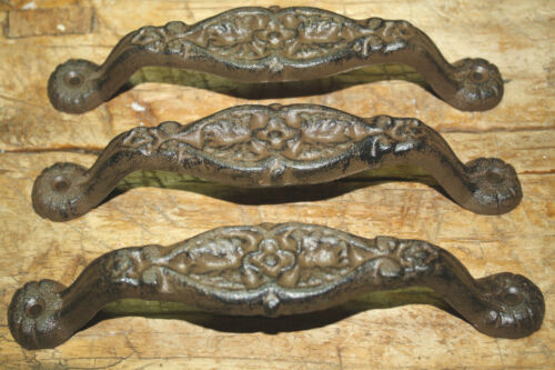 2 Cast Iron Antique Style Heavy Duty Barn Handle Gate Pull Shed Door Handles