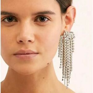 Stunning-Major-Designer-Style-Rhinestone-Long-Embellished-Runway-Drop-Earrings