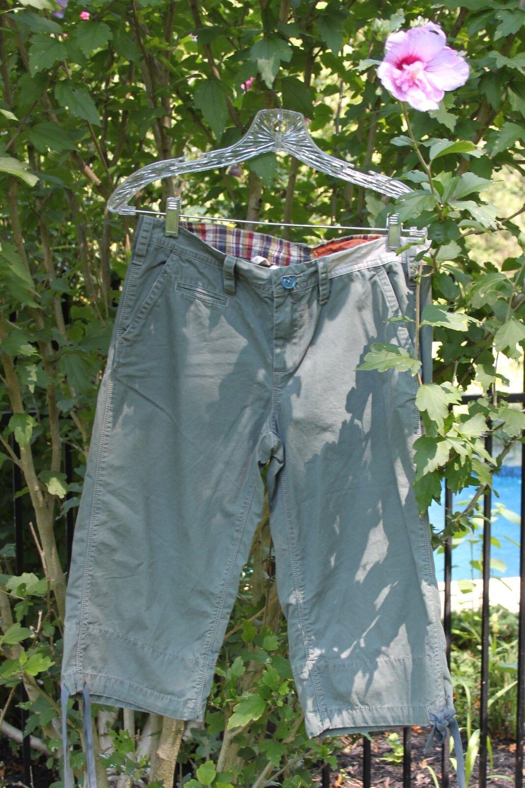 Fishing Camp Women's Cargo Shorts Unique  Size 6 NWT  124
