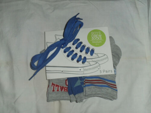 NEW Boys Athletic Crew Socks 3 Pair /& A Set Of Medium Blue Shoe Laces Size Med