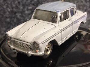Dinky-Toys-Hecho-En-Francia-SIMCA-ARONDE-Vintage-1-43-Modelo-Diecast-Precioso