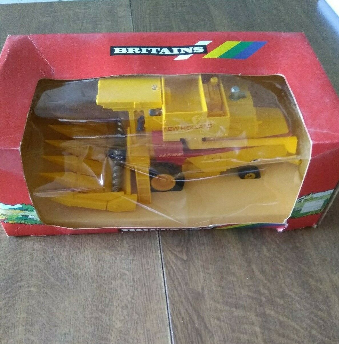 Britains New Holland Combine with Maize head 9571