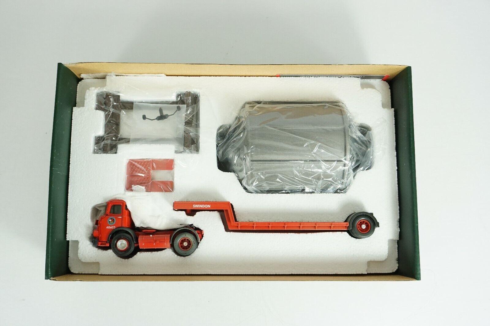 Corgi 1 50 Scale Die Cast Leyland Comet Low Loader & Load Item CC11605 New