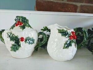 Vintage-Lefton-White-Holly-Berry-Creamer-and-Sugar-Bowl
