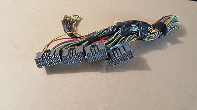 2000 mitsubishi galant es de 2.4l connector ecu control module MR420679 b1