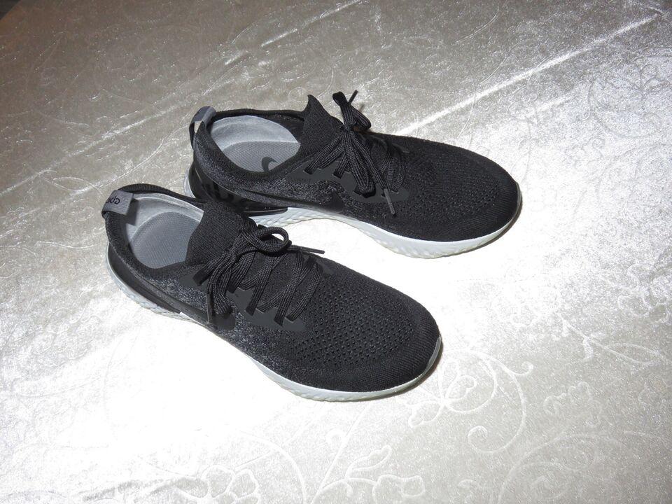 Sneakers, str. 39,5