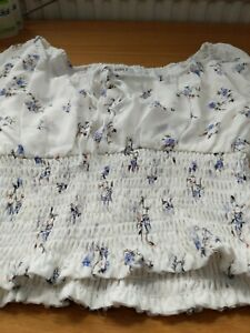 Wild-Honey-Top-With-Smocked-Waist-In-Vintage-Floral-White-Size-Small-Ladies-Top