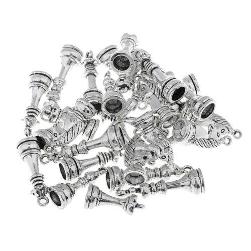 30Pcs Chess Pieces Draughts Charm Pendents for Jewlery Hanging Decor Silver