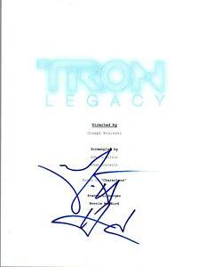 Garrett-Hedlund-Signed-Autographed-TRON-LEGACY-Movie-Script-COA-AB