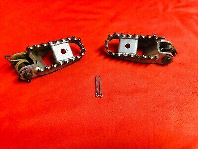 CNC Foot Pegs Footpegs Footrest Pedals for Kawasaki KLX250R 250S KLX300R KLX650