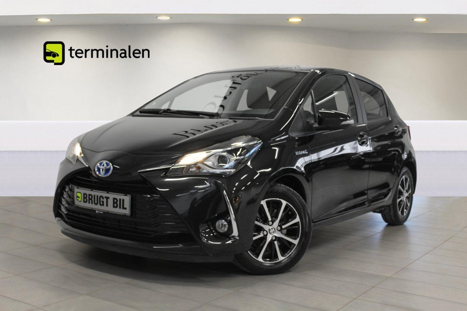Toyota Yaris 1,5 Hybrid H2 Premium e-CVT 5d - 179.800 kr.