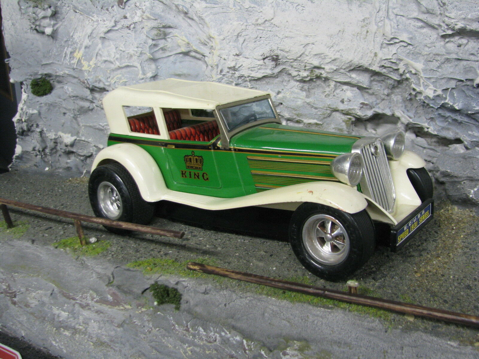 Taiyo E.C U.S.A 1931 Speed Series 1 18 Tin Car with electro motor