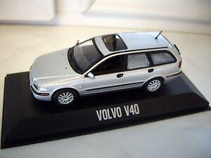 Modellauto-Volvo-V40-Silber-Minichamps-1-43