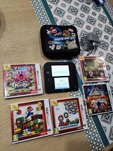 Console Nintendo 2DS comme neuve + housse officielle + 5 jeux Mario Kirby Sonic