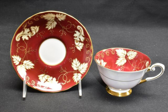 Tuscan C8787 Red Maroon Gold Cream Leaves Cup & Saucer