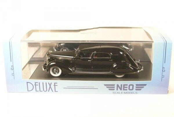 Chrysler Impériale C-15 Le Baron Ville Car (noir) 1937