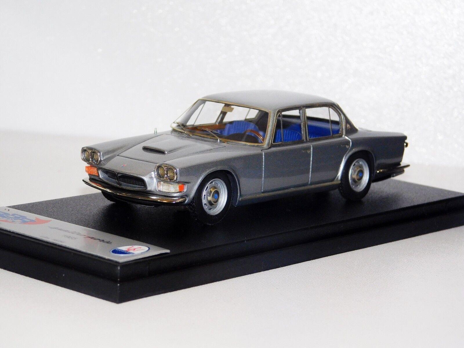Maserati Quattroporte 1965 argent Lim. 1 54 BBR BBR160D 1 43